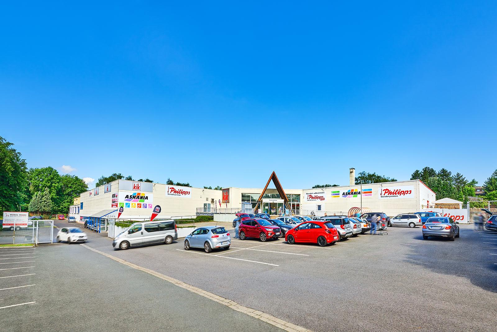 Immobilie in Oer-erkenschwick: Multi-Tenant: Einzelhandel, Möbelhaus, Tierarzt, Wohnen